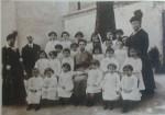 Asilo israelitico di via Vignatagliata. Fotografia tratta da Ferrara per i soldati d'Italia. 24 maggio 1915, Bologna. Stabilimenti Poligrafici Riuniti, 1916