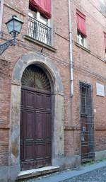 La facciata della scuola ebraica nei locali di via Vignatagliata 79. Fotografia di Federica Pezzoli, 2015. © MuseoFerrara