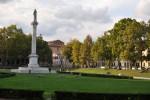 Piazza Ariostea. Fotografia di Cinzia Salmi. Assessorato alla Cultura, Comune di Ferrara
