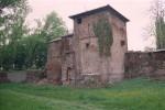 Fronte nord della Porta nei primi anni Ottanta del '900 (foto Archivio Paolo Ravenna, Ferrara ©)