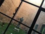 La statua in bronzo conservata nel cortile interno del Museo del Risorgimento e della Resistenza